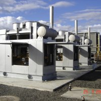 A 600kW packaged power station providing power for pipeline gas compression equipment.